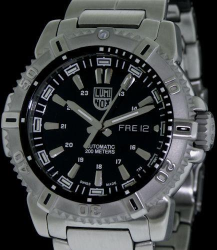 Steel sw220 auto diver luminox swiss automatic - Luminox dive watch ...