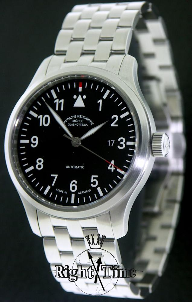 Terra sport i bracelet black m1 37 34 mb muhle glashutte terranaut wrist watch for Muhle watches