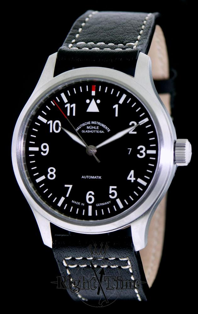 Terra sport i on leather m1 37 34 lb muhle glashutte terranaut wrist watch for Muhle watches