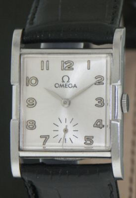 Pre-Owned OMEGA MANUAL WIND