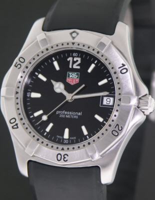 Pre-Owned TAG HEUER 2000 ON RUBBER STRAP